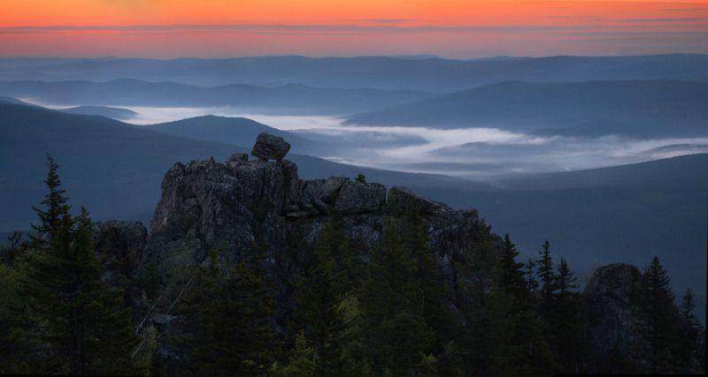 урал, горы, малиновая Рассвет на Малиновойphoto preview