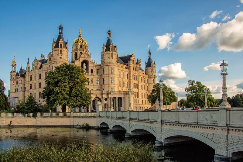 Замок в Шверине( Германия)photo preview