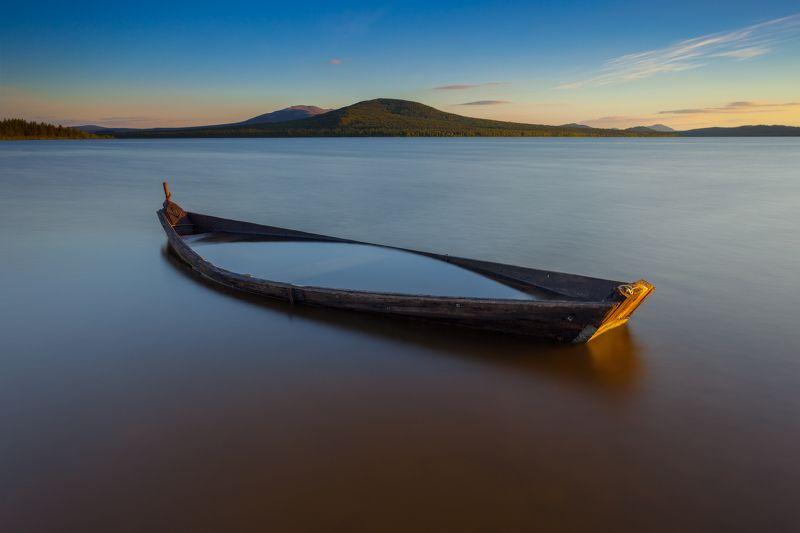 зюраткуль, закат, лодка Зюраткуль-Дзенphoto preview