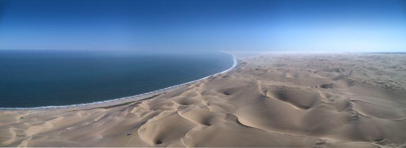 намибия, пустыня, пески, дюны, берег скелетов, анлантика, африка, дрон, панорама, съемка с воздуха Пикник (панорама)photo preview