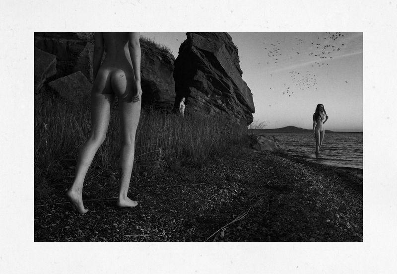 girl, girls, morning, dawn, b&w, black and white, nude, naked, beach, rock, rocks, russia, bashkortostan, water, lake, aslikul, Aphoto preview