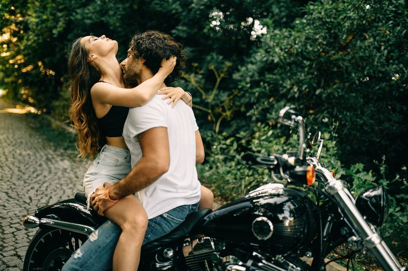 love, couple, bike, harley, nikon, sigma, yellow, red, black,blue, green, white, colorful, sexy, model, art, sunset, pretty, beautiful, beautty Love & Passionphoto preview