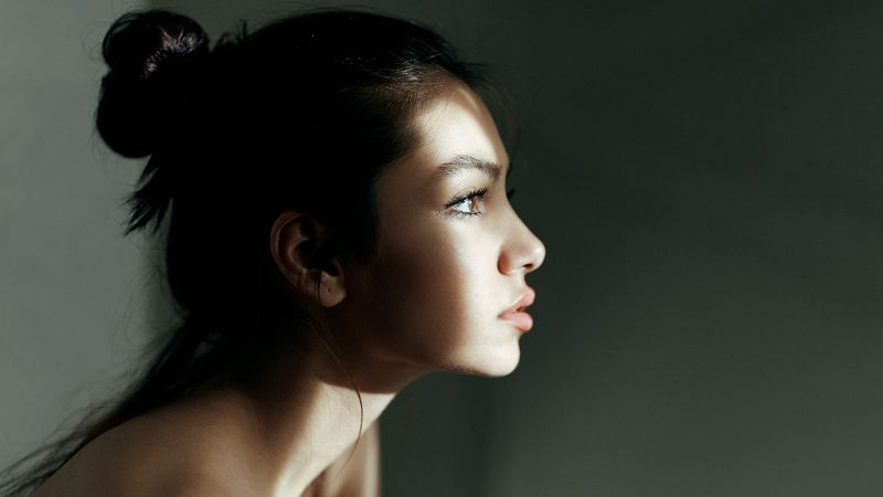 portrait girl look eyes shadows highlights babakfatholahi color soul deep headshoot Shadowphoto preview