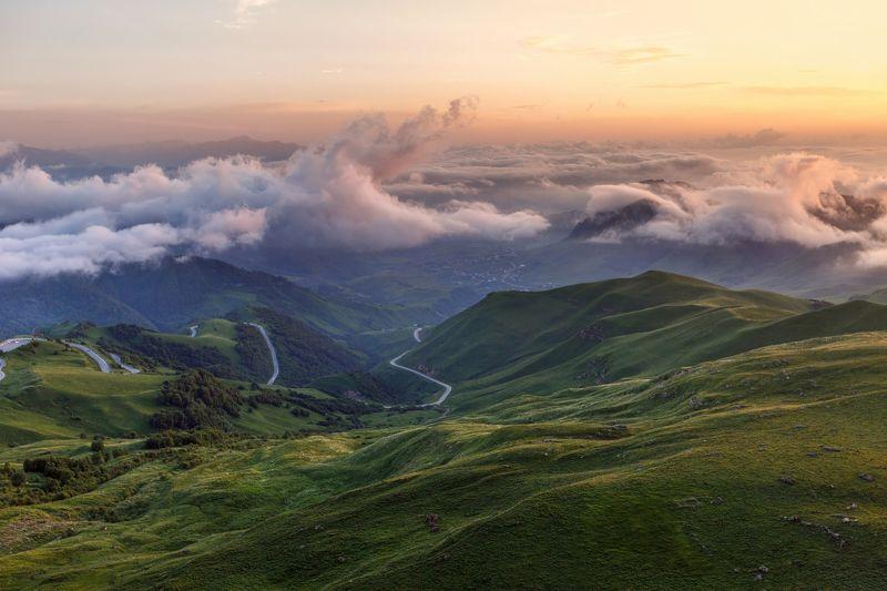 крачаево-черкесия ,кчр ,горы,теберда,перевал  гум-баши Выше Облаков ...photo preview
