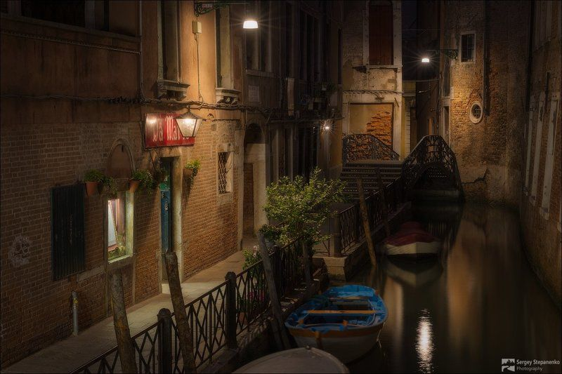 Venice Dreamsphoto preview