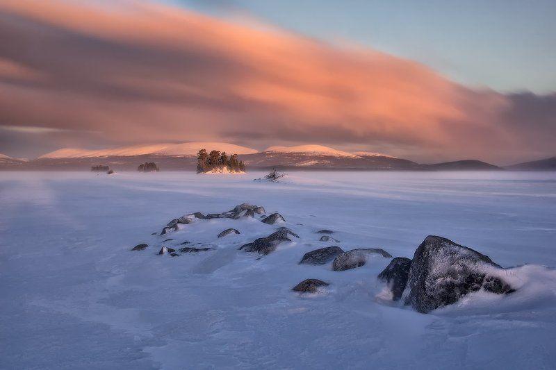 кольский полуостров, мурманская,кандалакша Метель над Колвицким озеромphoto preview