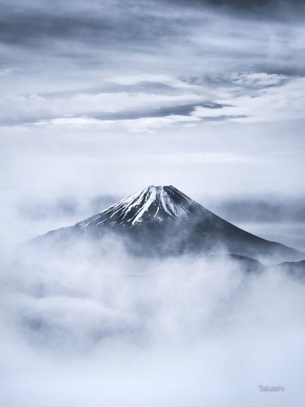 Fuji,mountain,clouds,snow,landscape,Japan,sky,amazing,beautiful,wonderful,blue, Fuji in cloudsphoto preview