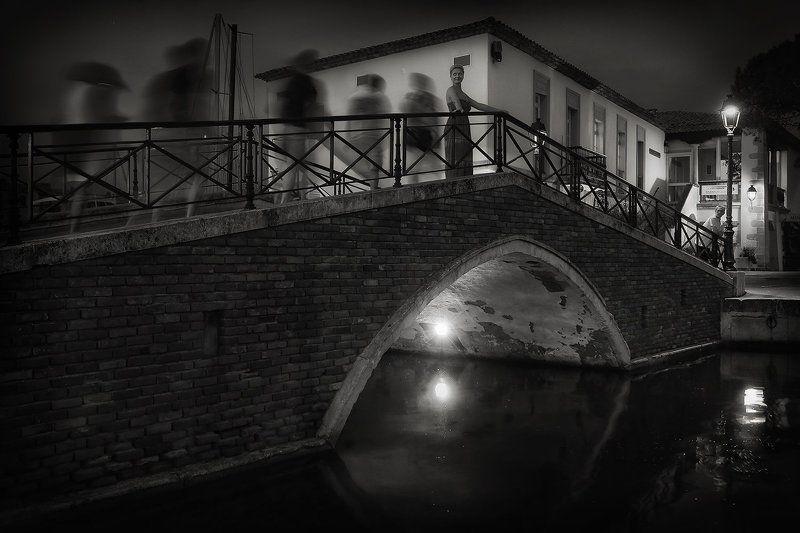 встреча, мост, фонарь, вечер, франция, порт, дувешка, прохожие, свидание Свидание на мостуphoto preview