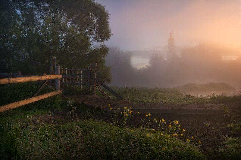 пейзаж, пейзажная съемка, утро, туман, храм, июнь, июньское утро, свежесть, молодая зелень, никон, landscape, may, fog, morning, church Туманное утро в Филипповскомphoto preview