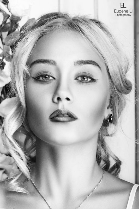 девушка, портрет, чб Ладаphoto preview