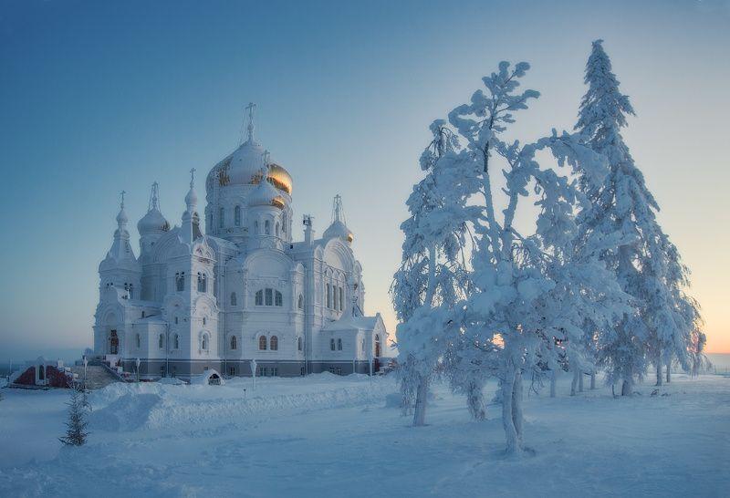 белогорье белая гора белогорский монастырь ...photo preview