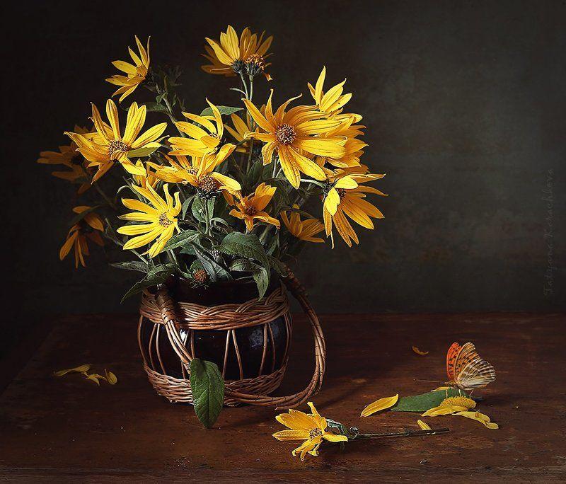 натюрморт, цветы, желтые, топинамбур Желтенькие цветочкиphoto preview
