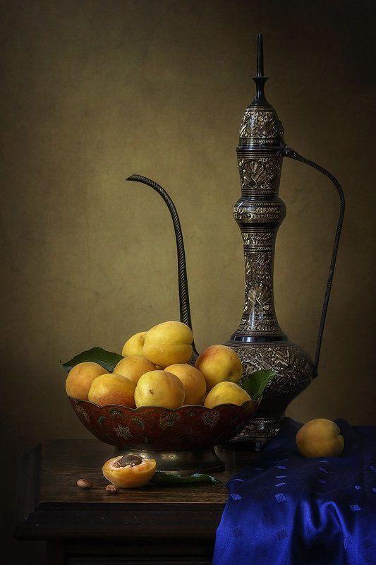 натюрморт, абрикосы, фрукты, лето, посуда Натюрморт с абрикосамиphoto preview