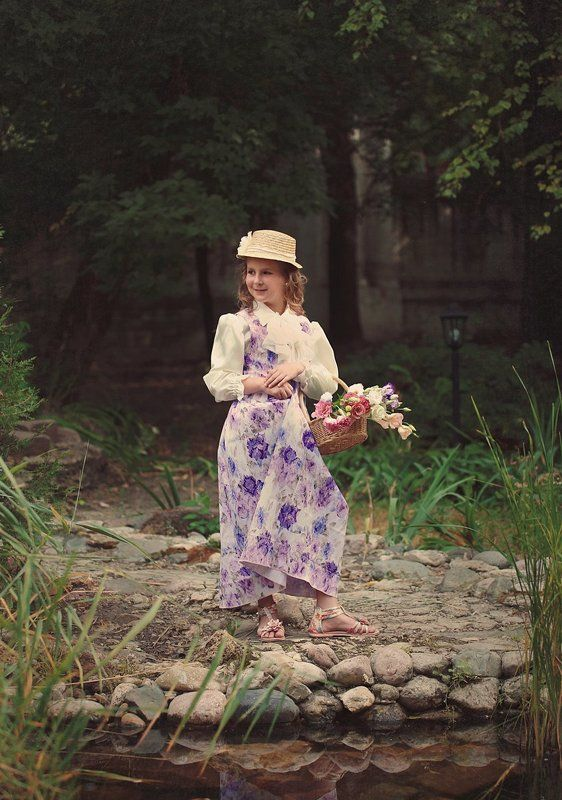 Маленькая цветочница.photo preview