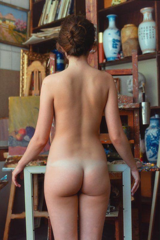 fine art nude Очаровательная дебютанткаphoto preview