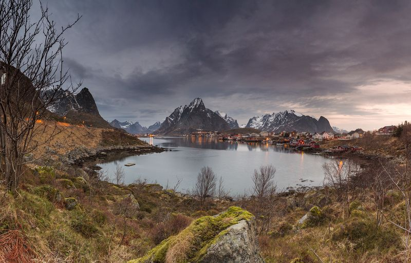 lofoten islands reine norway Sunrise in Reine village. Lofotens.photo preview