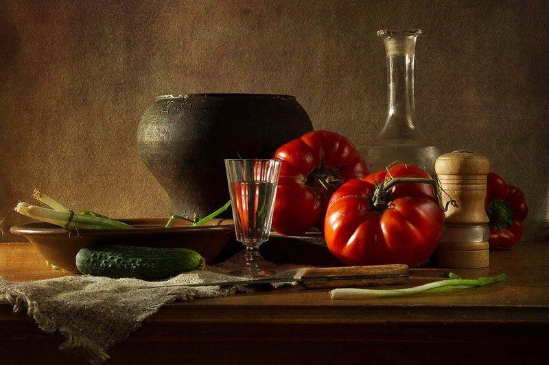 С южными помидорамиphoto preview