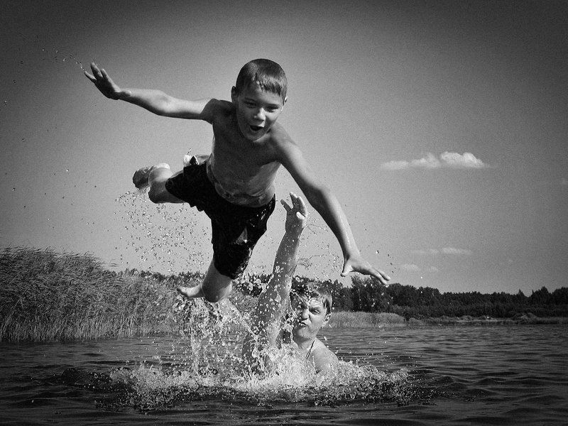 мальчик, полёт, брызги, толчок, озеро, бросок, эмоция \