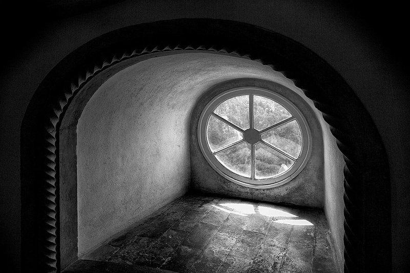 замок синтра, португалия Окноphoto preview