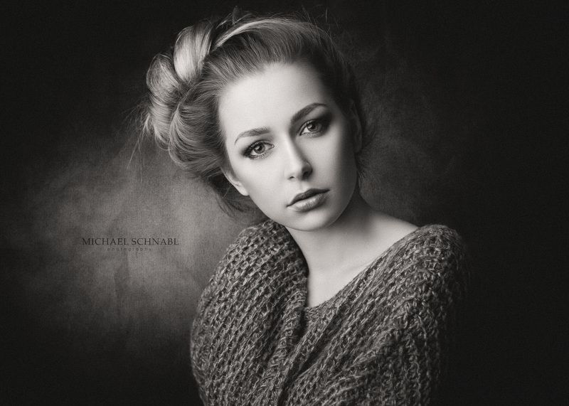 portrait, fine art portrait, woman, monochrome Theresaphoto preview