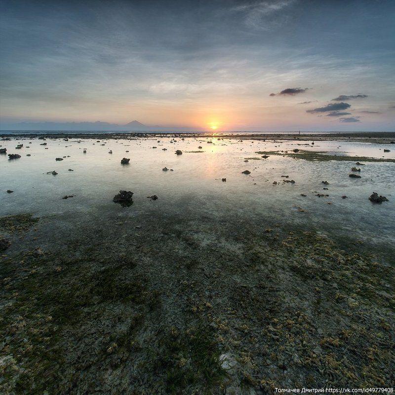 толмачев дмитрий, закат, море, индонезия, гили траванган, бали, камни, отлив, отпуск, лето Два квадрата на Гили...photo preview