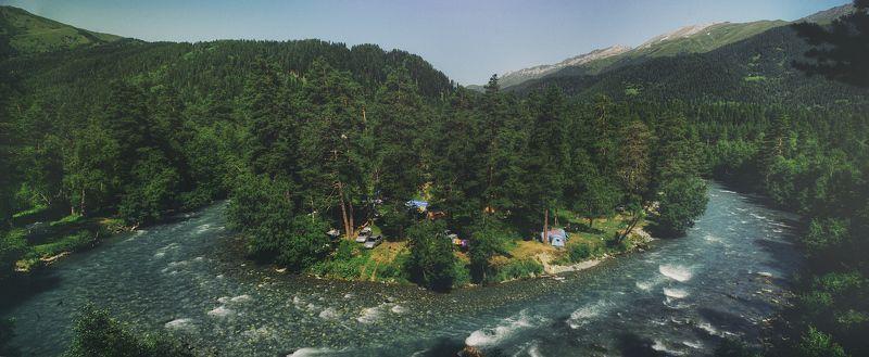 пейзаж, природа, речка, вода, горы, лес, зелень, река Rest placephoto preview