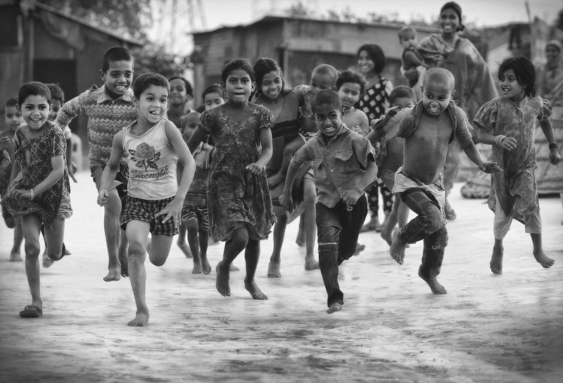 дети, бег, эмоции Добежать!photo preview