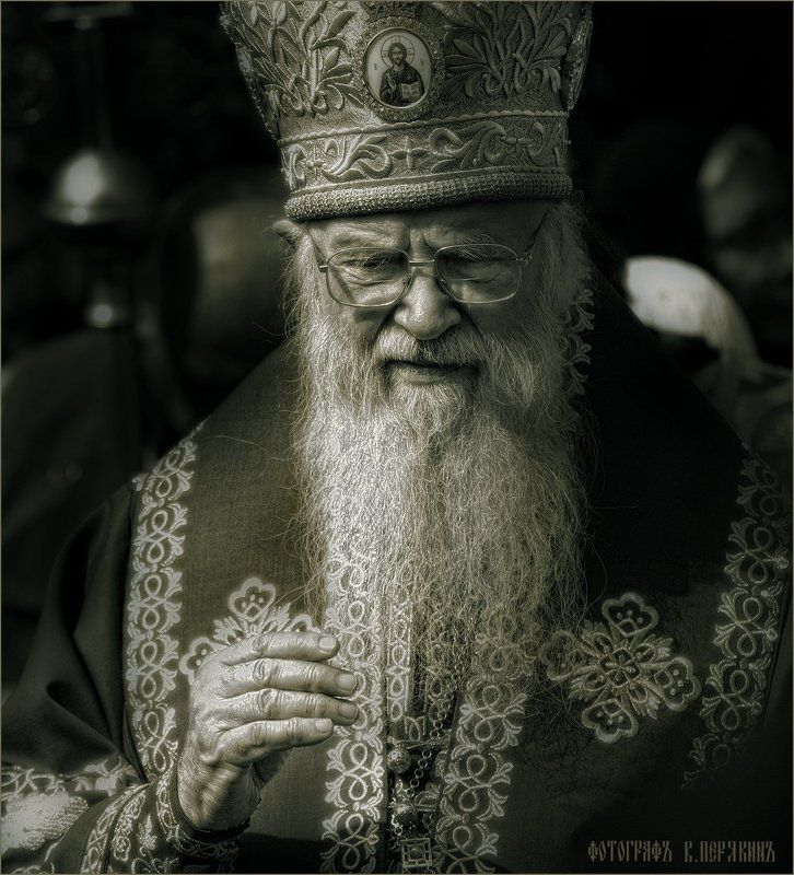 евлогий, митрополит владимирский и суздальский (смирнов юрий васильевич) Батюшкаphoto preview