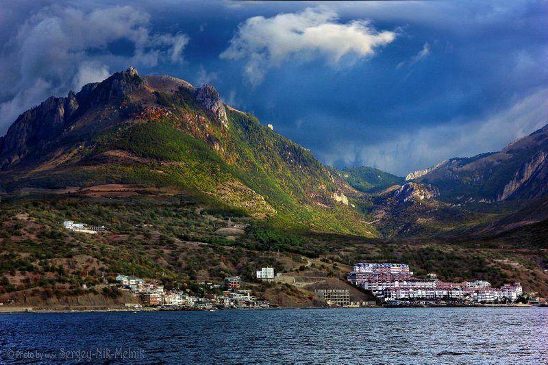 россия, крым, алушта, горы, демерджи Луч света над Демерджиphoto preview