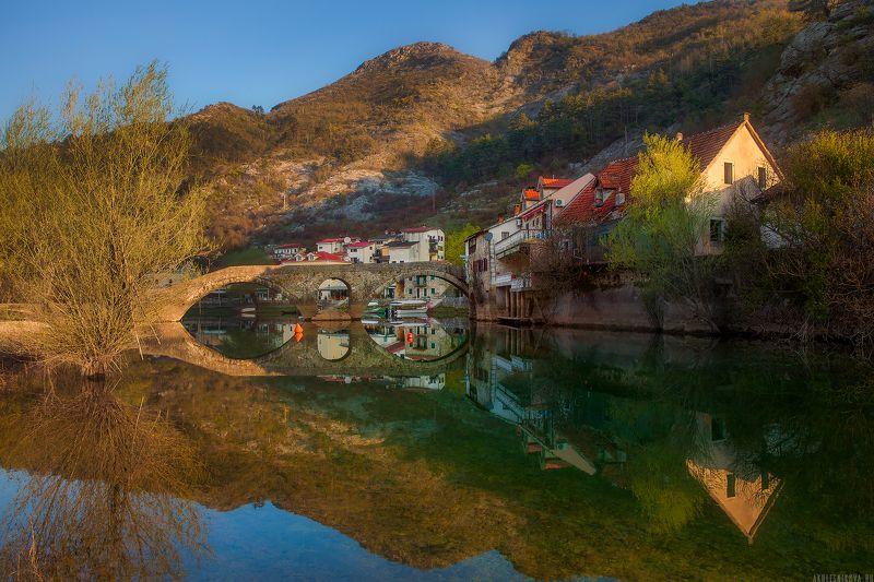 черногория, путешествие, расвет, пейзаж Риека Црноевича на рассветеphoto preview