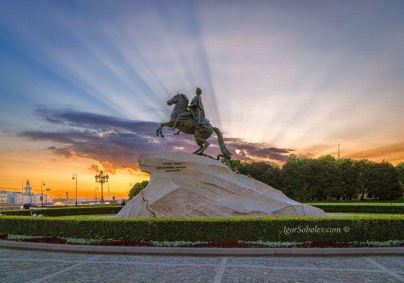 медный всадник, памятник, санкт-петербург, россия, утро, солнце, лучи, лучи солнца Светом осененныйphoto preview