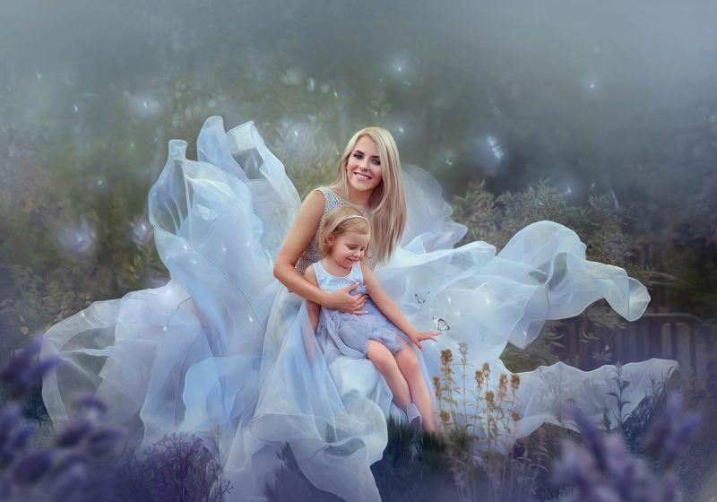мама с дочкой, семейная фотография, феи, цветы, сказка, фото арт Наташа и Агатаphoto preview