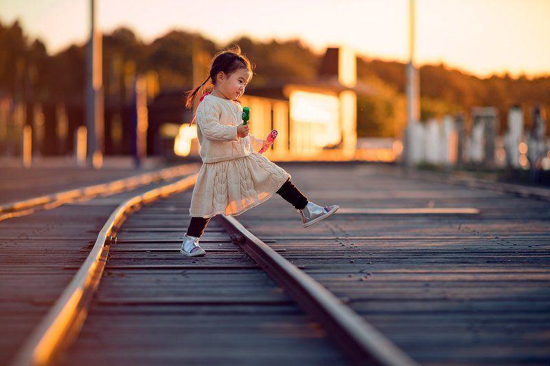 rail, kid, girl, sundown, sunset, golden hour, child, cute, walk, riverside, railway crossing...photo preview