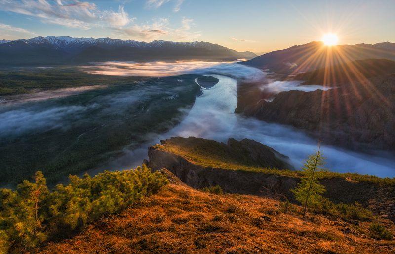 якутия, индигирка, хребет черского Якутия. Устья туманных рек.photo preview
