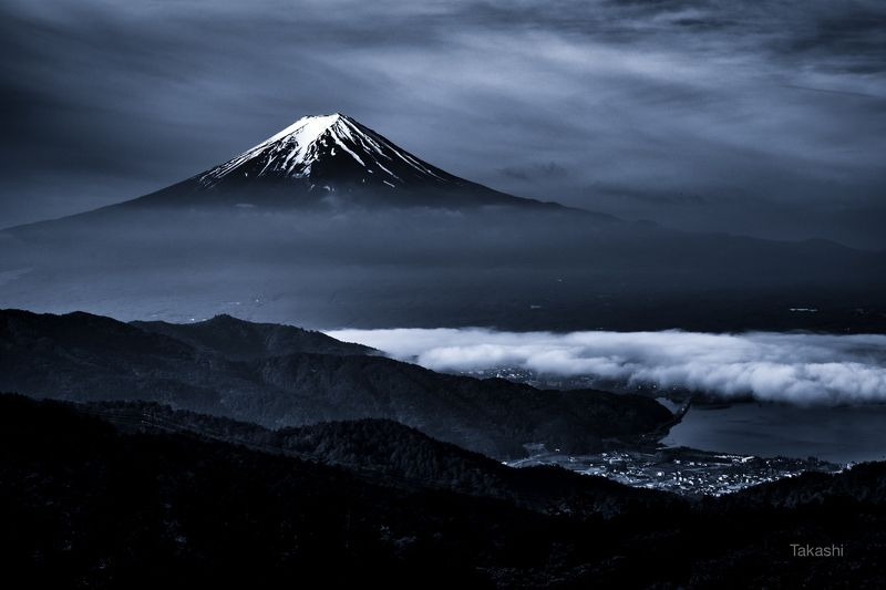 Fuji,mountain,snow,Japan,lake,cloud,town,sky,blue,amazing,beautiful,wonderful, Snow, clouds and townphoto preview