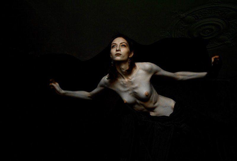 fine art nude Демон летящийphoto preview