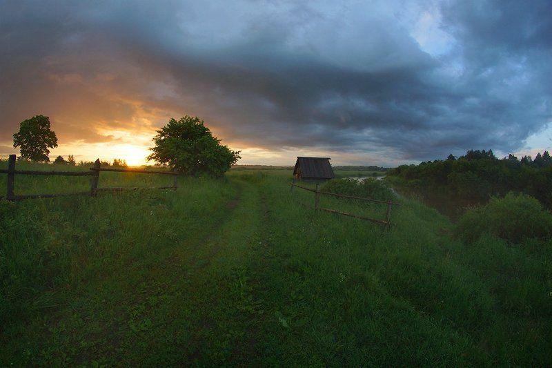 рассвет, деревня Дождливое утроphoto preview