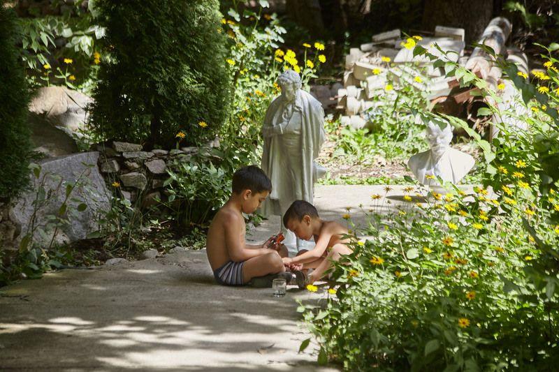 Последние дни лета…. Варзоб. Таджикистанphoto preview