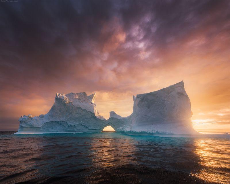 greenland Midnight sun in Greenlandphoto preview