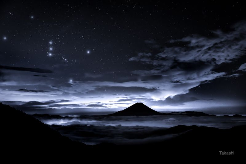 Fuji,mountain,Japan,clouds,star,orion,night,landscape,blue,sky, Orion and Mt Fujiphoto preview