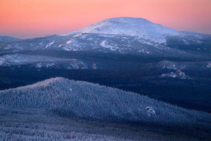 горы, урал, ямантау Уральской зимойphoto preview