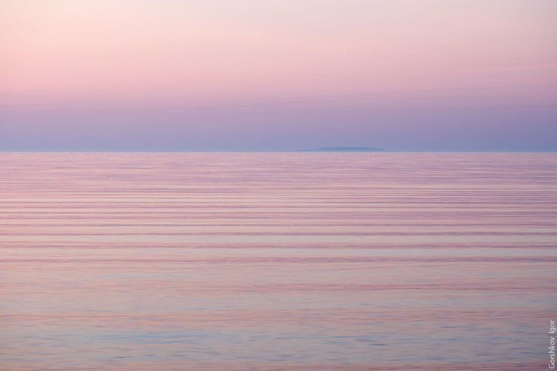 ладога,пейзаж,природа,утро,рассвет,остров,вода,минимализм Сон о далёком островеphoto preview