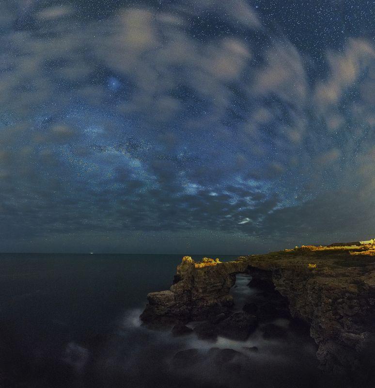 млечный путь, черное море, звезды,облака, тюленово,ночь, ночная фотография, море,nightscaspes, astrophotography,stars,sea,clouds,tulenovo, coast, Bulgaria Ночь над берегу.photo preview