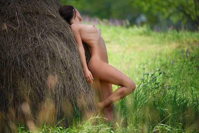portrait, outdoor, nude ***photo preview