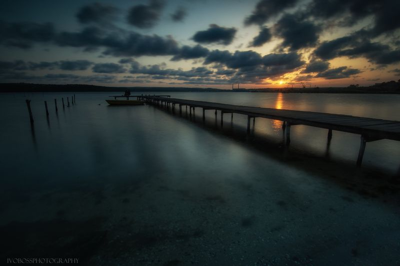 lake sunset longexposure clouds bluehour  Autumn Silencephoto preview