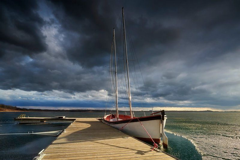 boat, landscape, poland, cloudy, windy Storm is comingphoto preview