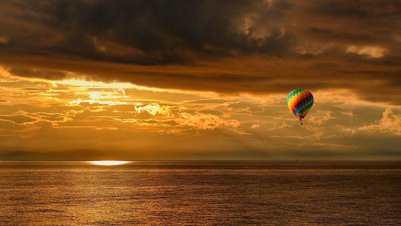камчатка, лето, закат,свет, тучи, судно, берингово море, шар перед закатомphoto preview