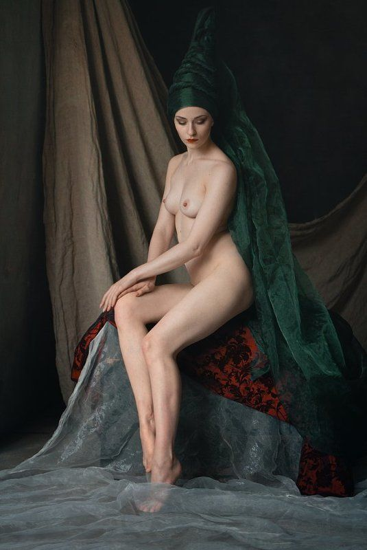 fine art nude Изображая речную фею.photo preview