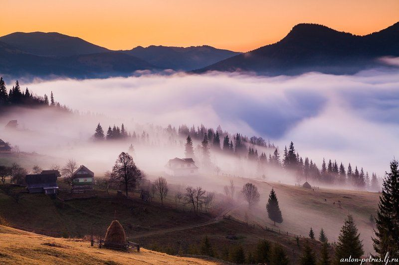 рассвет, туман, карпаты, горы, осень Дыхание осениphoto preview