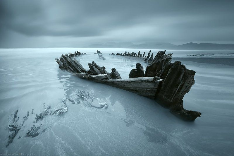 Boat, long exposure, atlantic ocean, ocean, blue, Ireland, no people, mountains, reflection, seascape, waterscape, Kerry, sand, beach, Old Boatphoto preview